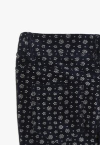 Benetton - TROUSERS - Pantaloni - dark blue - 2
