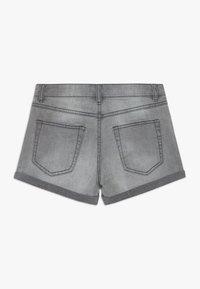 Benetton - Shorts di jeans - grey denim - 1