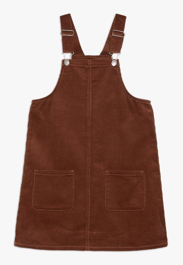 DUNGAREE - Korte jurk - brown