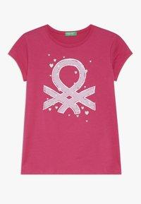 Benetton - Print T-shirt - pink - 0