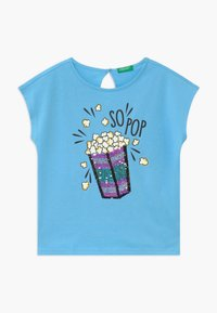 Benetton - T-shirt med print - blue - 0