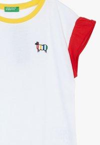 Benetton - T-shirt con stampa - white - 3
