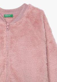 Benetton - MOCK NECK - Sudadera con cremallera - light pink - 3