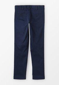 Benetton - TROUSERS - Chino kalhoty - dark blue - 1
