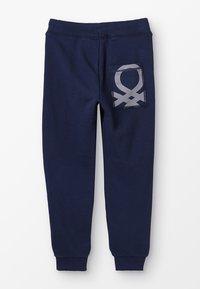 Benetton - TROUSERS BASIC - Spodnie treningowe - dark blue - 1