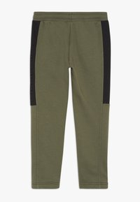 Benetton - LONG TROUSERS - Verryttelyhousut - khaki - 1
