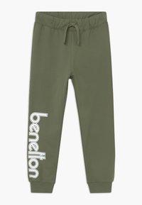 Benetton - TROUSERS - Teplákové kalhoty - khaki - 0