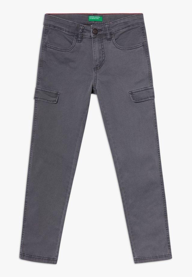 TROUSERS  - Pantaloni cargo - khaki