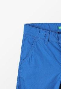 Benetton - BERMUDA BASIC - Kraťasy - blue - 4