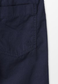 Benetton - BERMUDA BASIC - Shorts - dark blue - 4