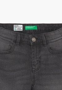Benetton - Shorts di jeans - dark grey - 4