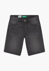 Benetton - Shorts di jeans - dark grey - 0
