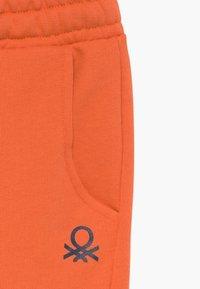 Benetton - BERMUDA - Szorty - orange - 3