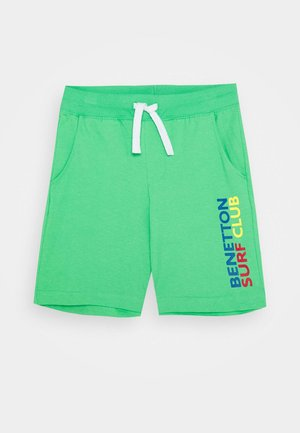 BERMUDA - Pantalones deportivos - green