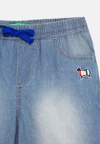 Benetton - BERMUDA - Denim shorts - light blue - 2