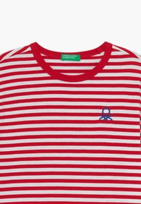 Benetton - T-shirt z nadrukiem - red - 3