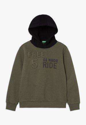 CLOSED - Hoodie - green