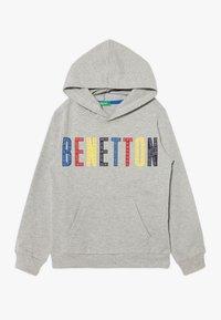 Benetton - HOOD - Bluza z kapturem - grey/red/yellow - 0