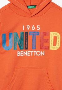 Benetton - HOOD - Hoodie - orange/red/yellow - 3