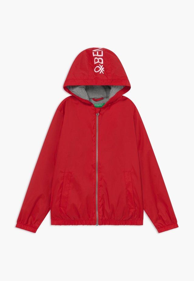 Lehká bunda - red