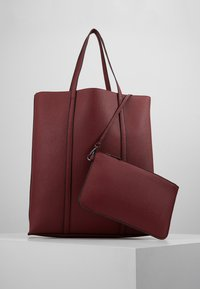 Benetton - Tote bag - dark red - 5