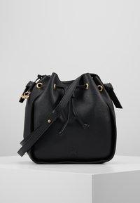 Benetton - Håndtasker - black - 0