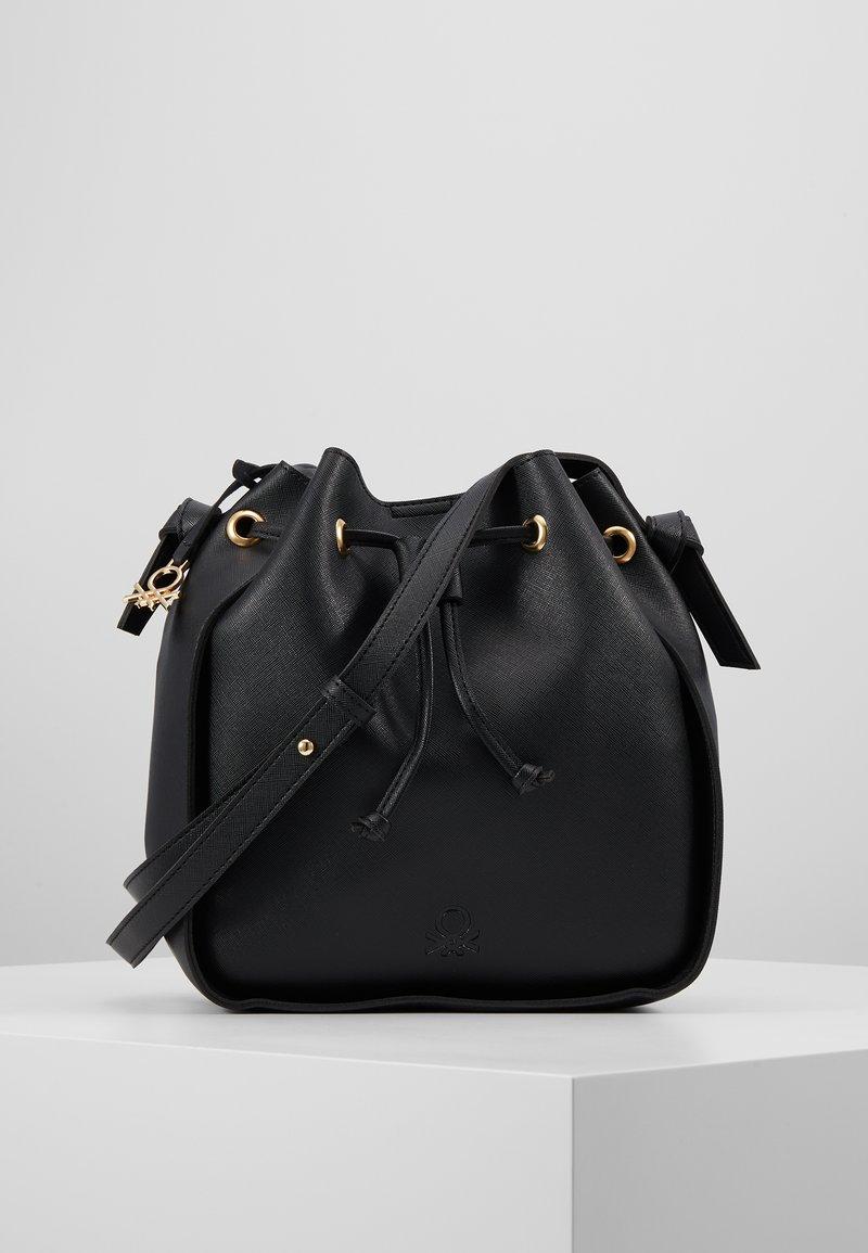 Benetton - Håndtasker - black