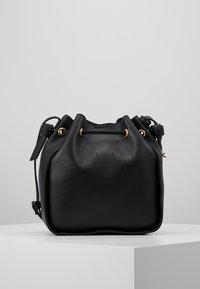 Benetton - Håndtasker - black - 3