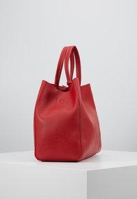 Benetton - Håndtasker - red - 2