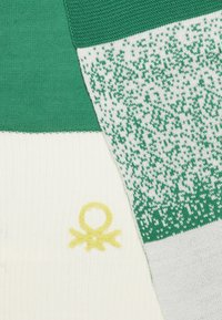 Benetton - SCARF - Šála - off-white/green - 1
