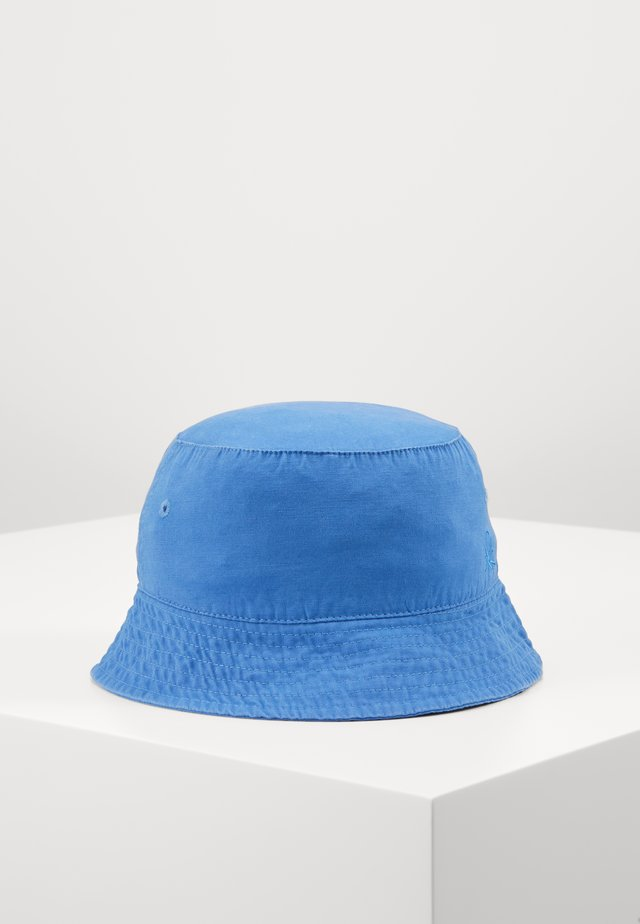 HAT - Chapeau - blue