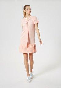 DreiMaster - Abito in maglia - pastel pink - 1