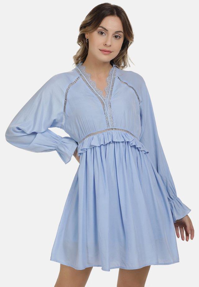 Sukienka letnia - hellblau