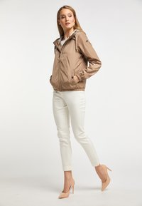 DreiMaster - Training jacket - bright sand - 1