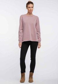 DreiMaster - Sweatshirt - dark pink - 1