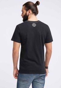 DreiMaster - DREIMASTER  - T-shirt basic - black - 2