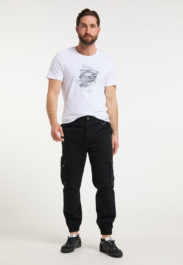 DREIMASTER T-SHIRT - Print T-shirt - weiss