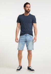 DreiMaster - DREIMASTER T-SHIRT - Print T-shirt - marine - 1