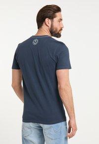 DreiMaster - DREIMASTER T-SHIRT - Print T-shirt - marine - 2