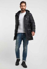 DreiMaster - Winter coat - black - 1