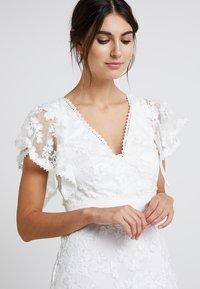 Forever Unique - BRIDAL - Společenské šaty - ivory - 4
