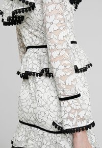Forever Unique - Cocktail dress / Party dress - black/ivory - 4