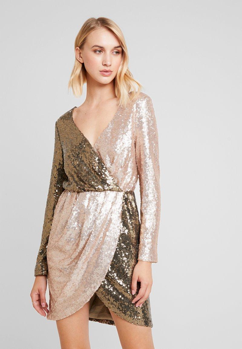 Forever Unique - CILLA - Cocktailkleid/festliches Kleid - khaki/gold