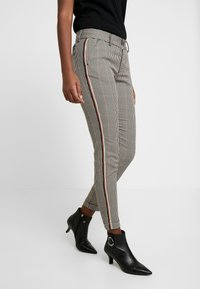 Herrlicher - LOVELY POLY STRIPE CHECK - Trousers - beige - 0