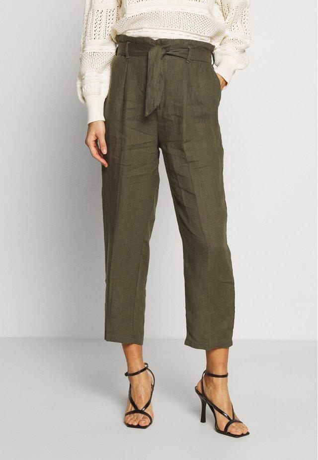 COMFY UNI - Trousers - olive