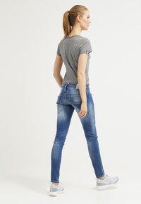 Herrlicher - PITCH SLIM - Jeans Slim Fit - bliss - 2