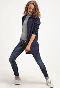 Herrlicher - PIPER SLIM - Slim fit jeans - clean - 1