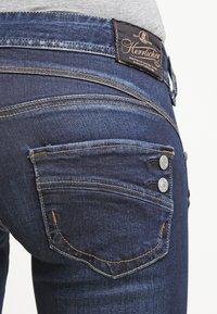 Herrlicher - PIPER SLIM - Slim fit jeans - clean - 5