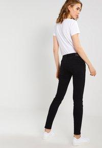 Herrlicher - GILA SLIM - Slim fit jeans - tempest - 3