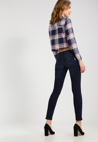 Herrlicher - Piper Slim - Jeans slim fit - deep - 3